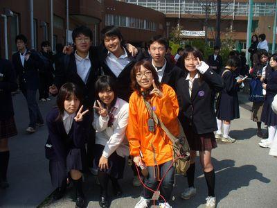 八尾高等学校制服画像